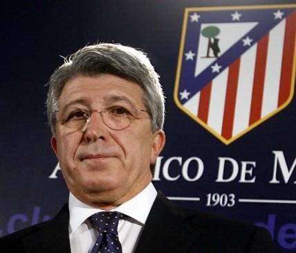 La Peña del Atlético de Madrid celebra su XXV aniversario con la presencia del presidente atlético Enrique Cerezo